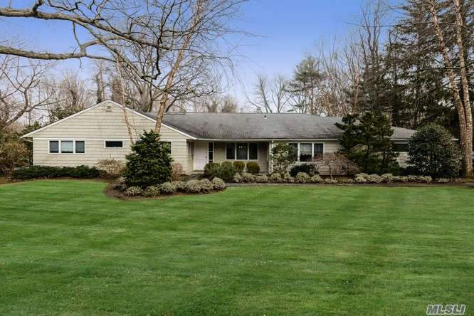 Photo of home for sale at 9 Sycamore Dr, Sands Point NY