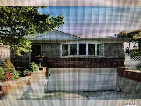 Photo of home for sale at 151-48 23 Ave, Whitestone NY