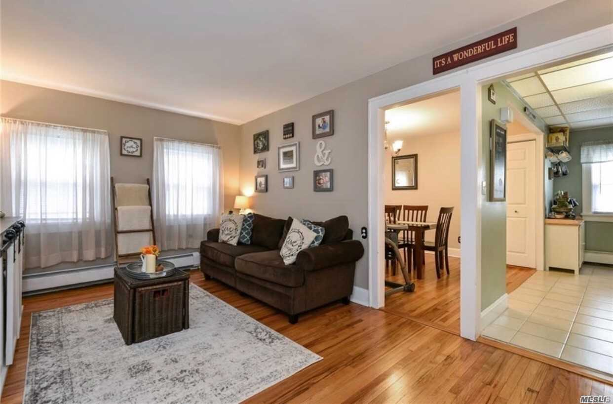 Photo of home for sale at 76 Halladay Ave, Yonkers NY