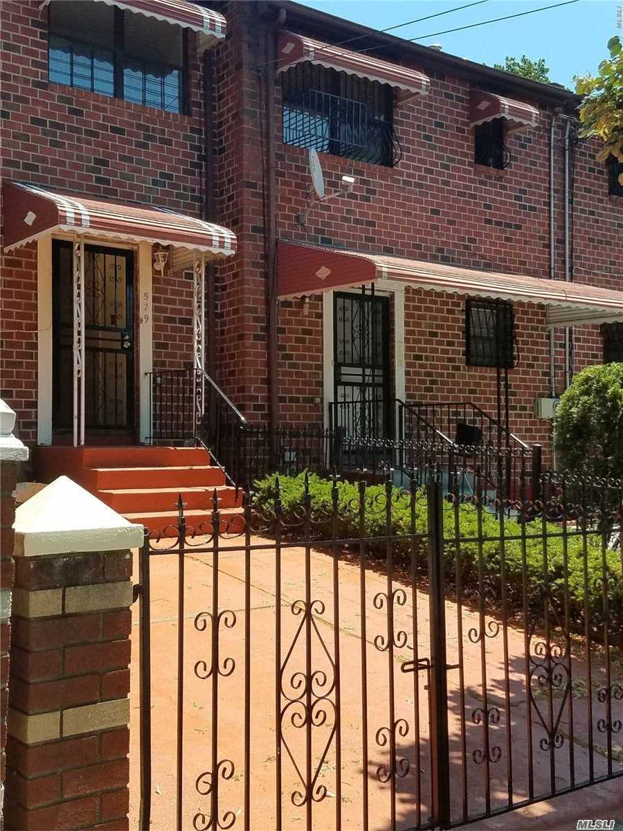Photo of home for sale at 579 Cleveland St, Brooklyn NY