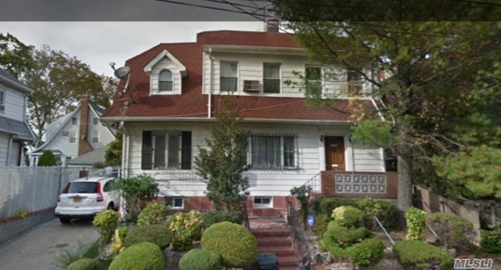 Photo of home for sale at 169-07 Highland Ave, Jamaica NY
