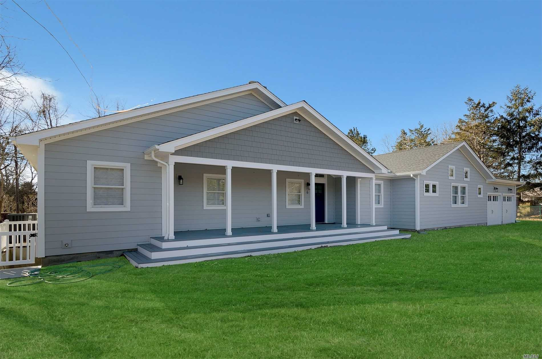 Photo of home for sale at 6 Trynz Ln, Hampton Bays NY