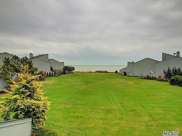 Property for sale at 51 Harbour Dr, Blue Point,  NY 11715