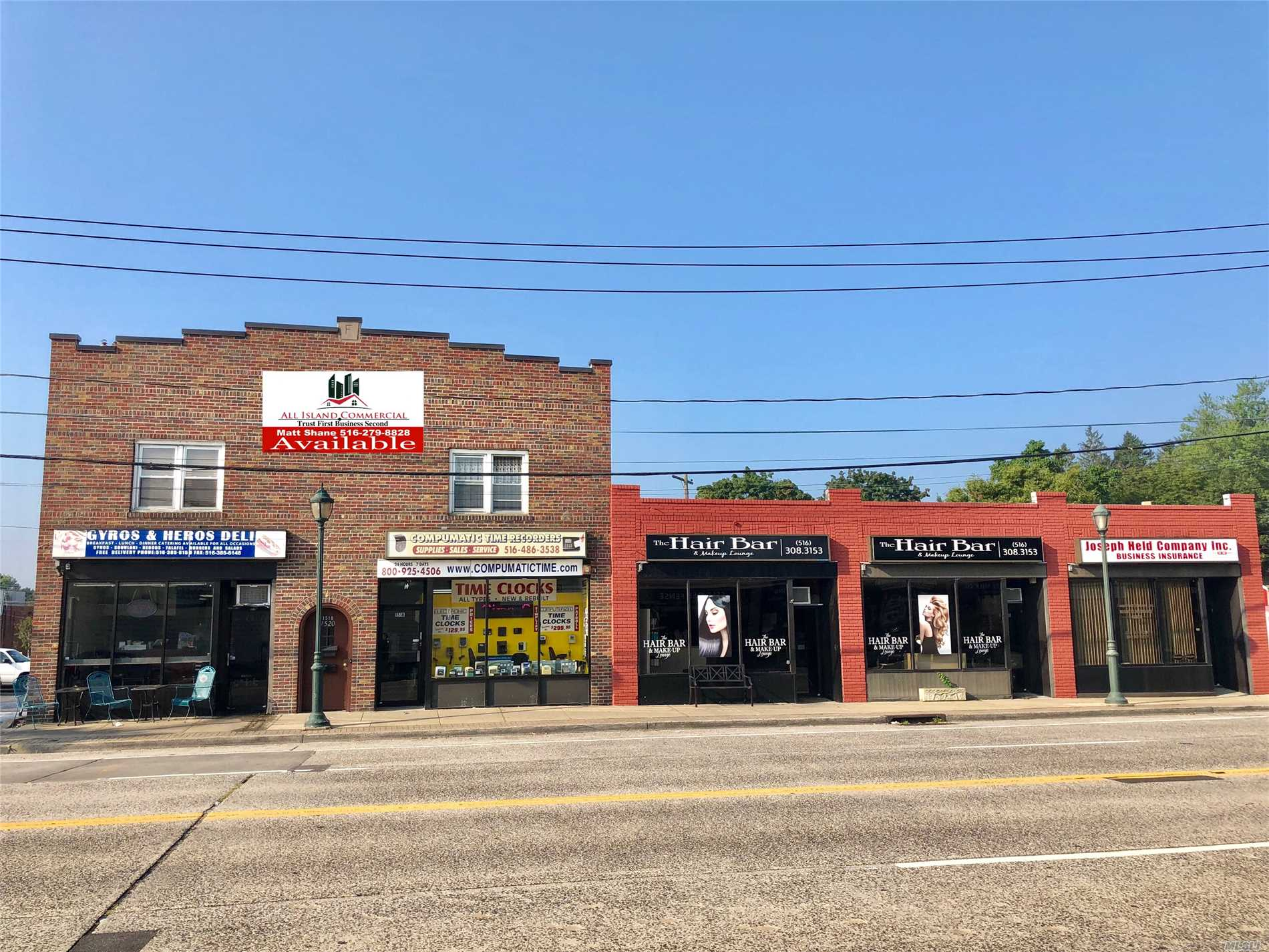 Photo of home for sale at 1512-1520 Bellmore Ave, North Bellmore NY