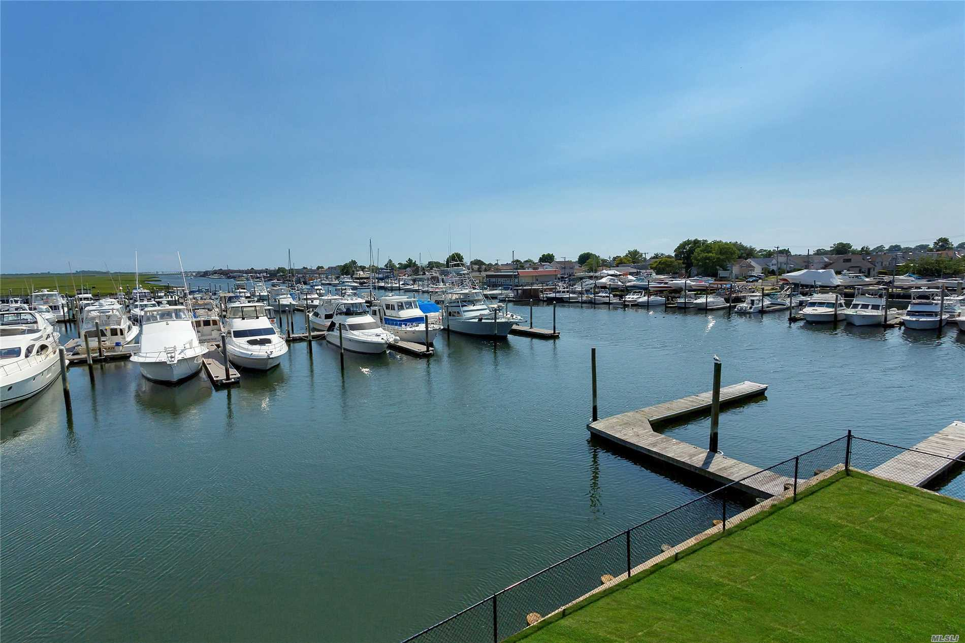 Property for sale at 33 Ocean Watch Ct, Freeport,  NY 11520