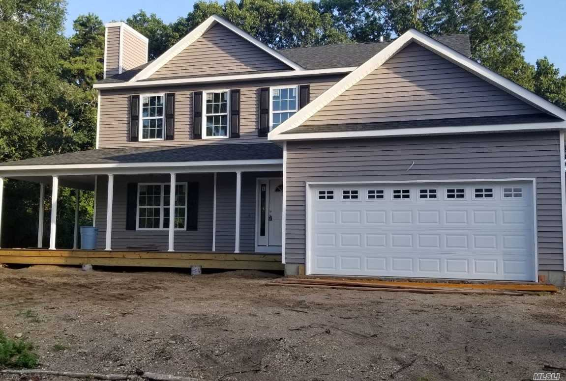 Photo of home for sale at N/C Chestnut St, Mt. Sinai NY