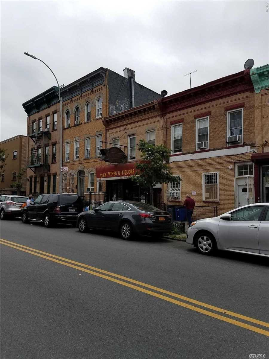 Photo of home for sale at 582 Wilson Ave, Brooklyn NY