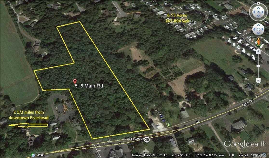 Photo of home for sale at 518-534 Main Road, Aquebogue NY