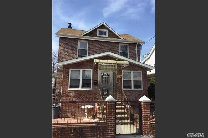 Photo of home for sale at 71-16 165 St, Fresh Meadows NY