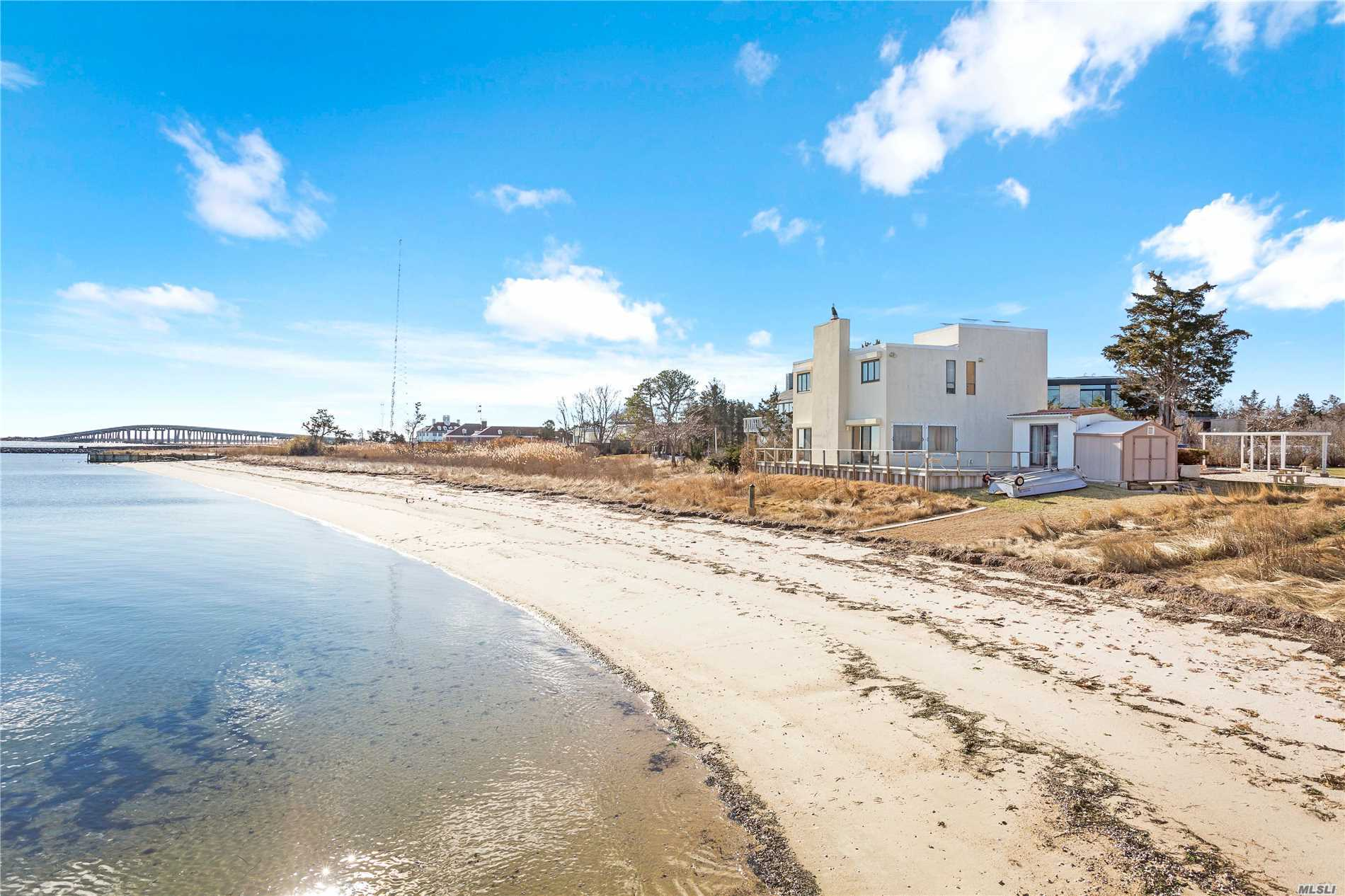 Photo of home for sale at 15 A & B Lighthouse Rd, Hampton Bays NY