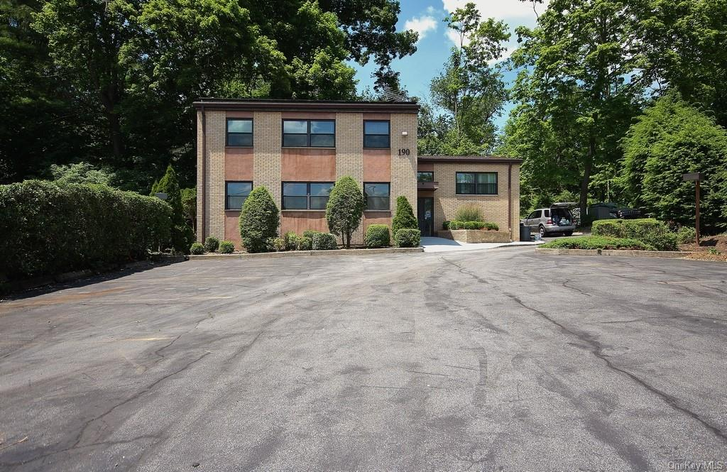 Awesome 3 unit mixed use building! Two professional units, one residential unit. One unit is leased