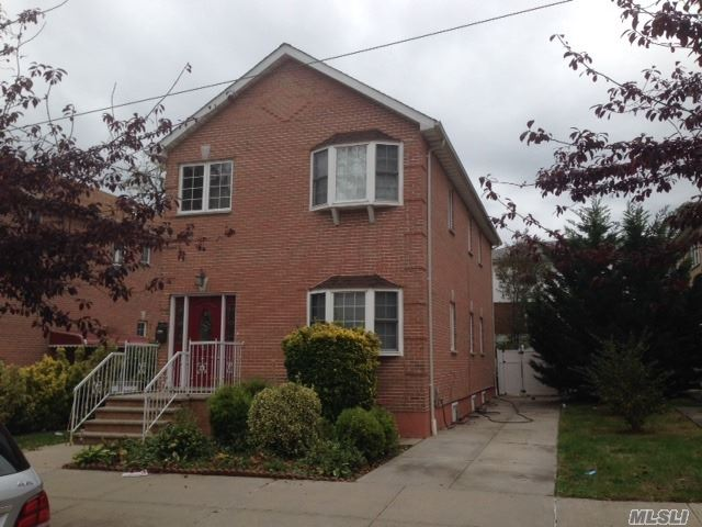 Listing in Far Rockaway, NY