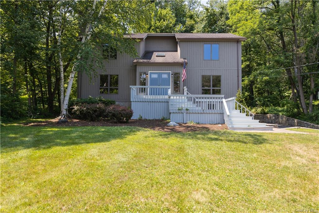 Move right in!!! Northing has to be done. Completely Renovated Gorgeous home in Yorktown Heights pai