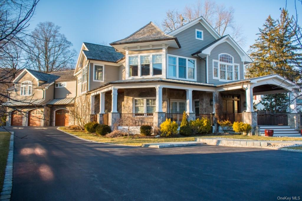 One-Of-A-Kind Luxury Living in a Village Setting: Custom-designed, 6422sf open concept home in Histo