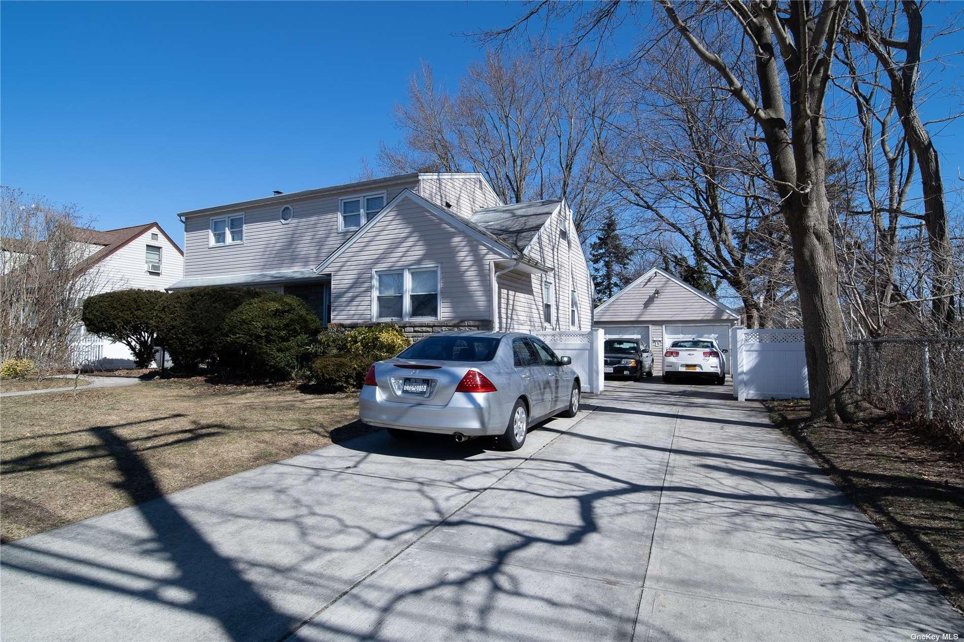 Photo of 873 Oakfield Avenue, Wantagh, NY 11793, Wantagh, NY 11793