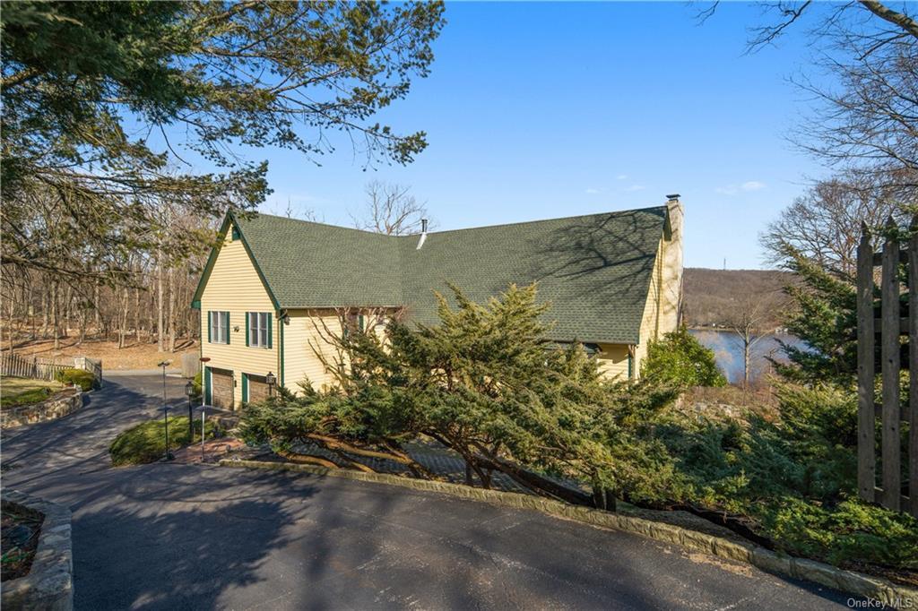 78 W Shore Dr, Putnam Valley, NY, 10579