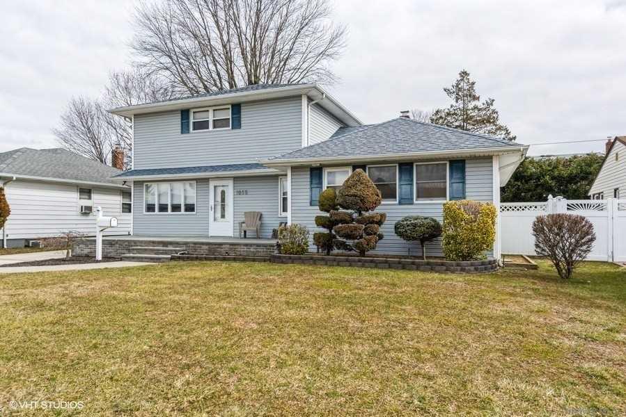 Photo of 1055 Mclean Avenue, Wantagh, NY 11793, Wantagh, NY 11793