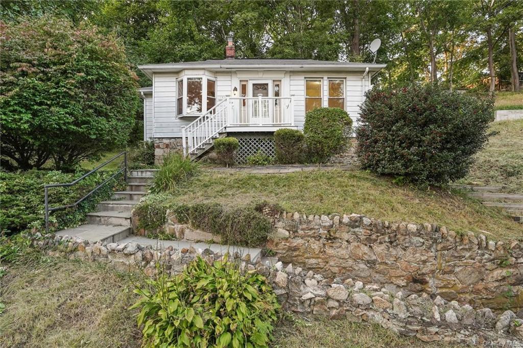 1726 Carhart Ave, Peekskill, NY, 10566