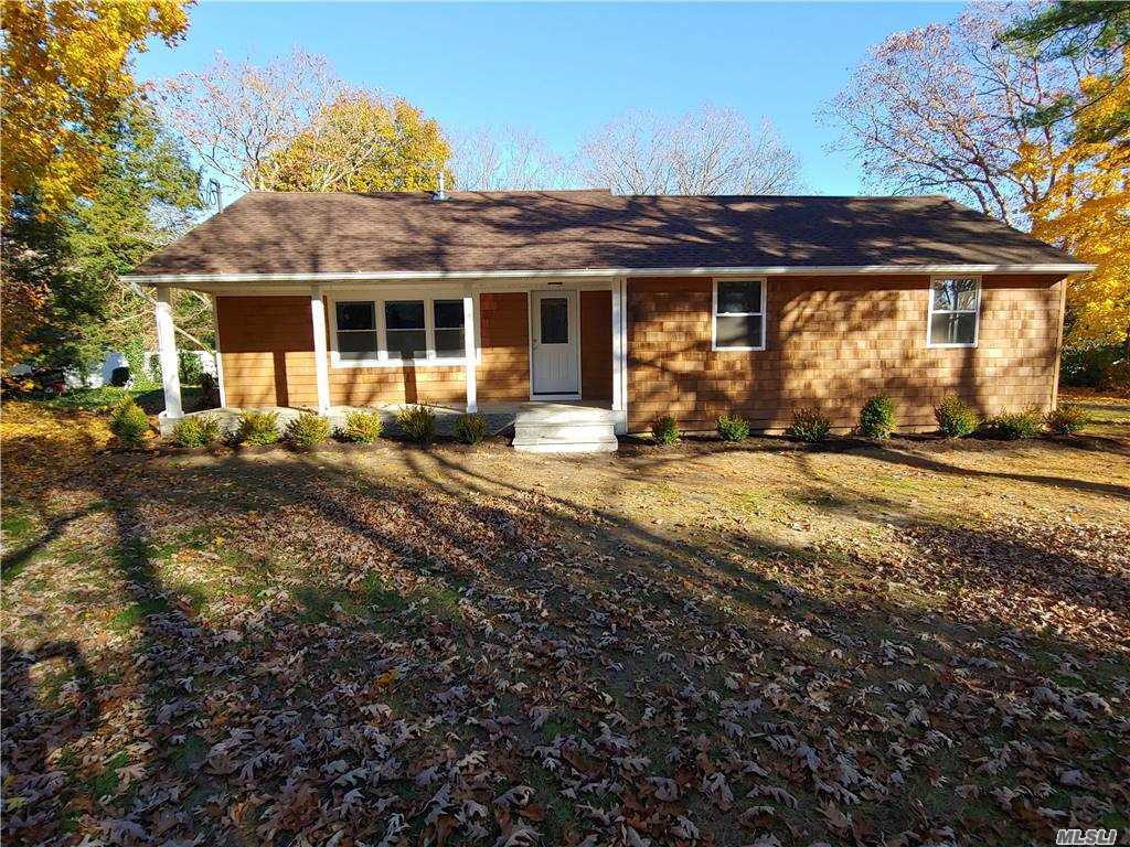 Listing in Manorville, NY