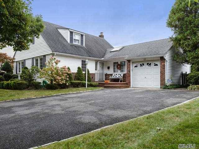 Listing in Garden City, NY