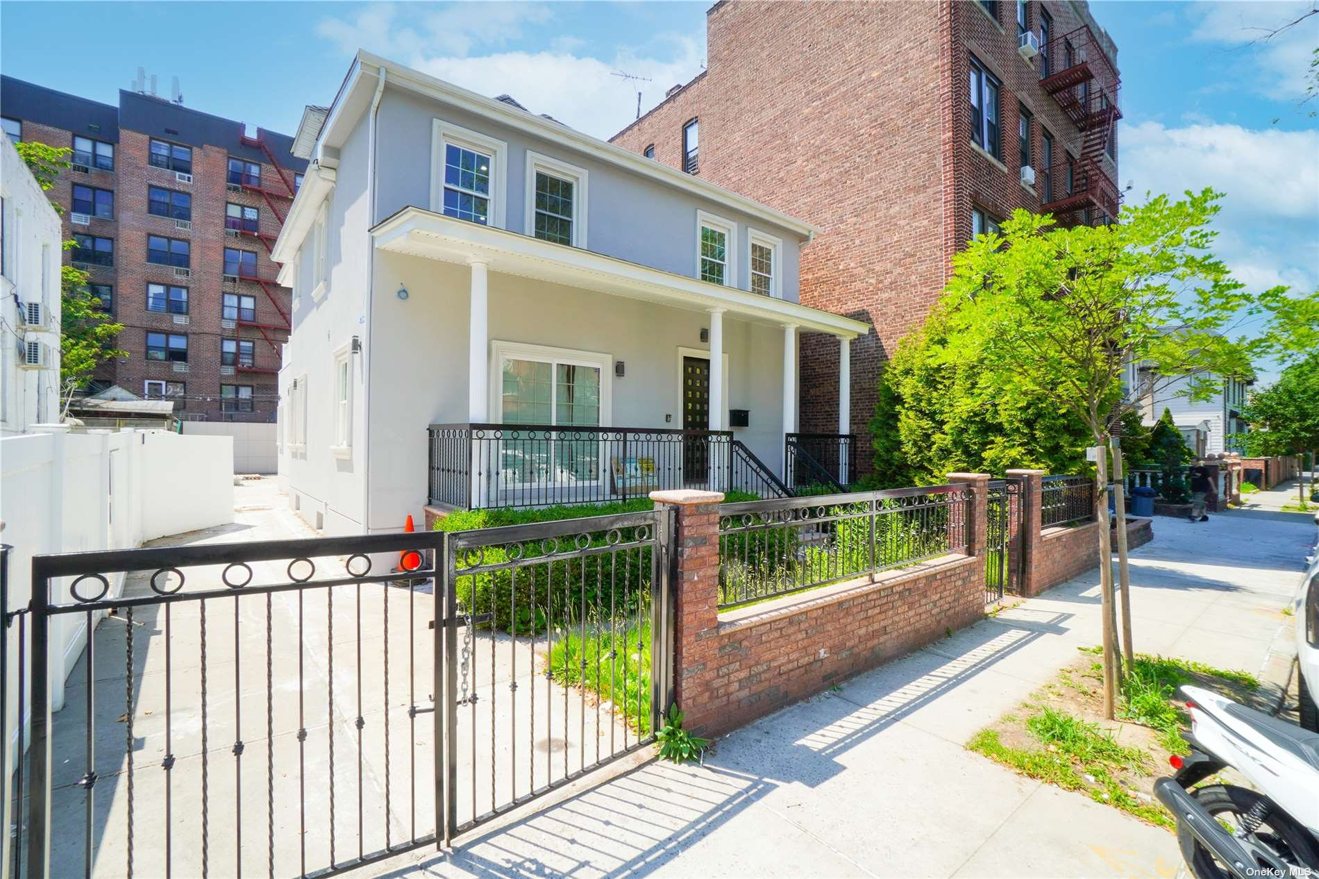 Listing in Midwood, NY