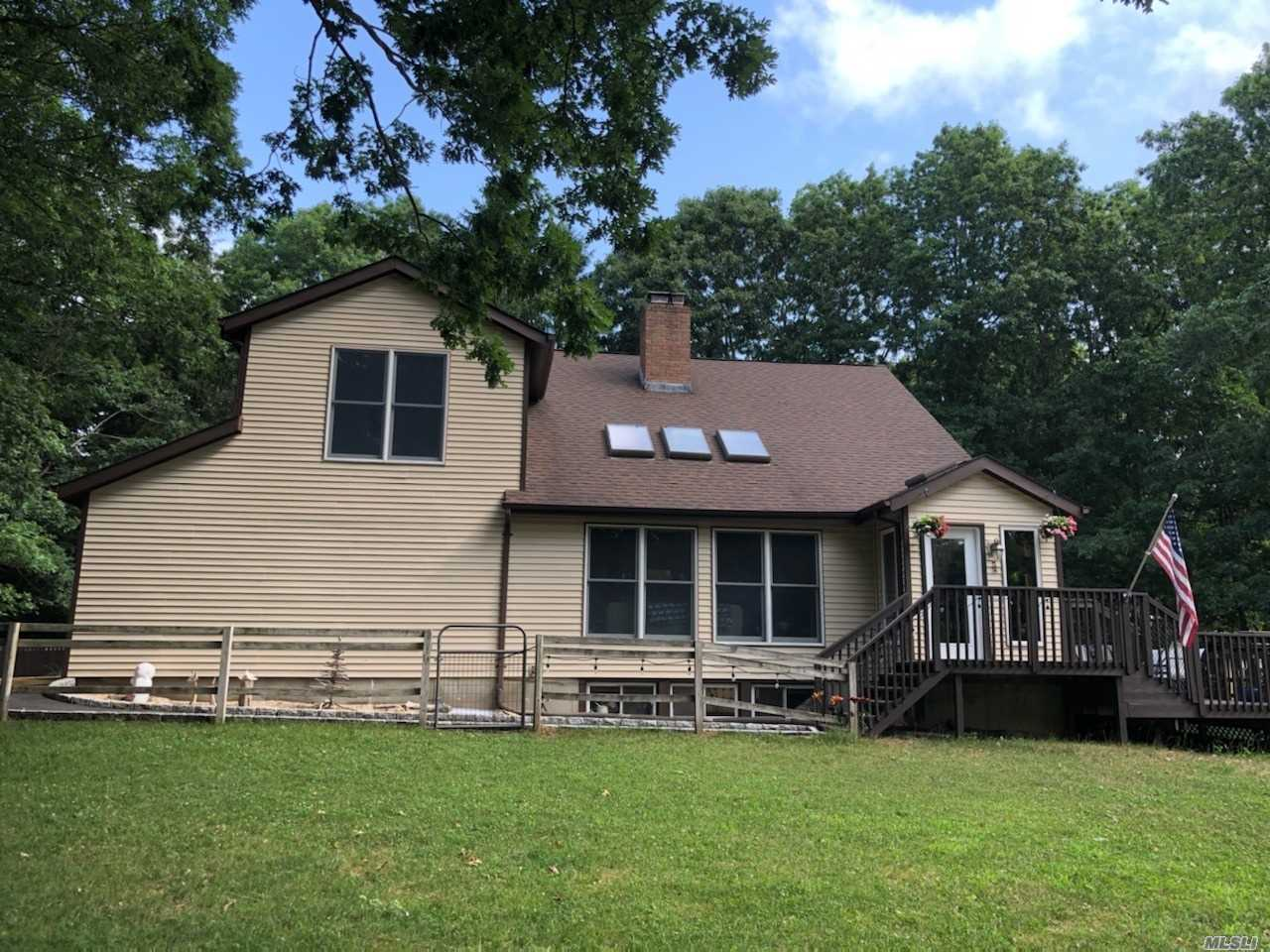 Listing in Miller Place, NY