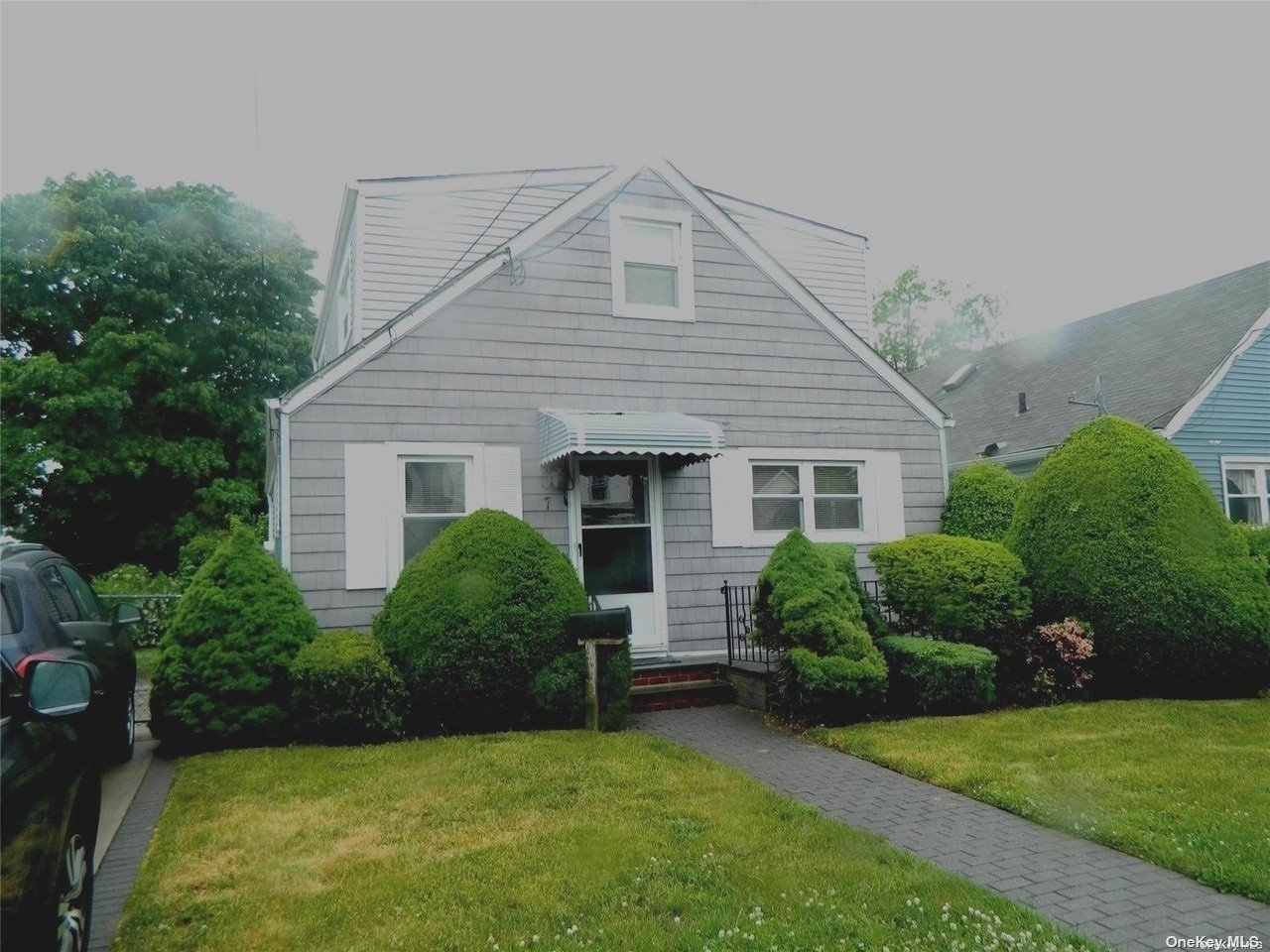 Listing in Lawrence, NY