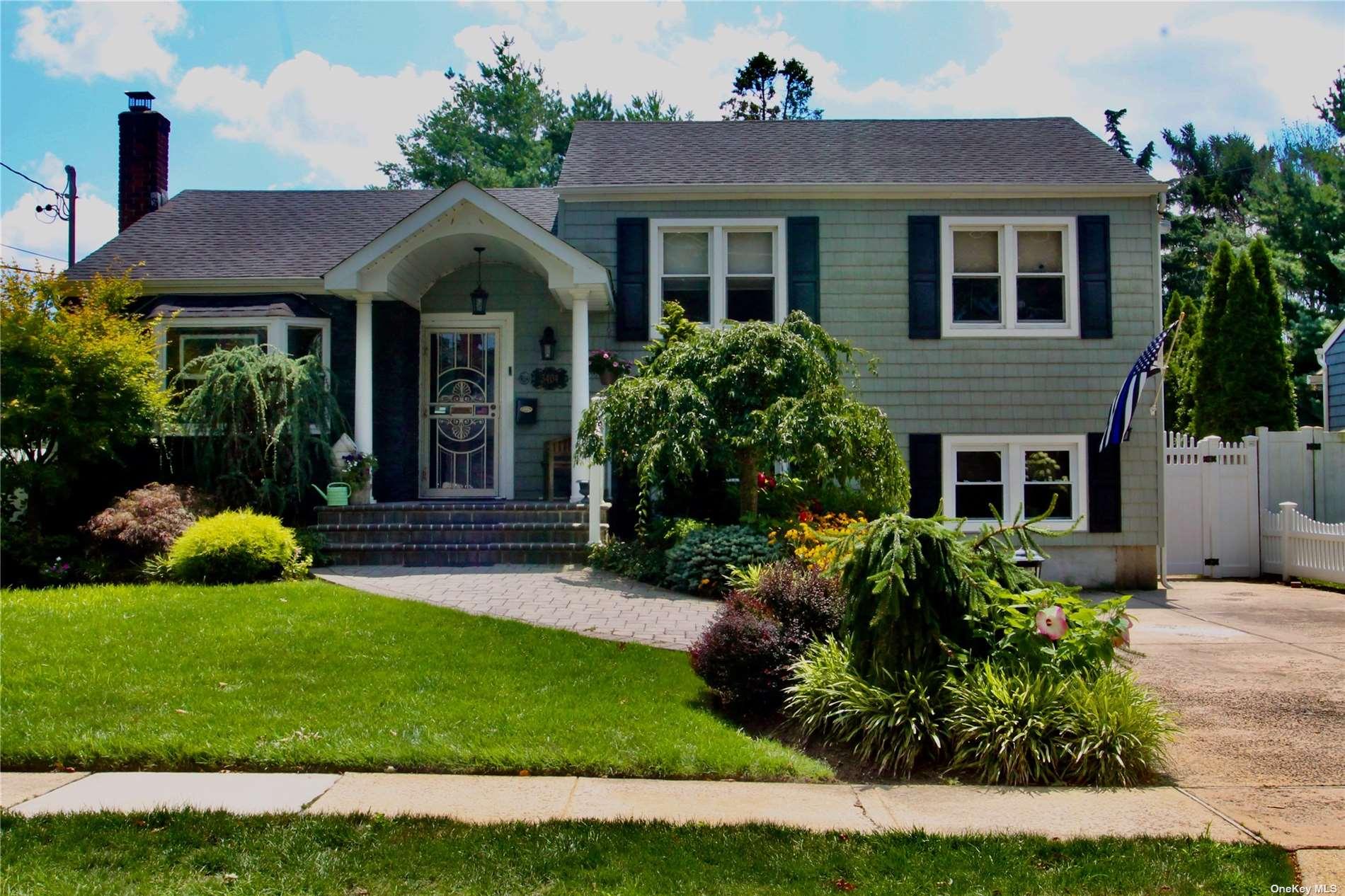 Photo of 3404 Homestead Avenue, Wantagh, NY 11793, Wantagh, NY 11793