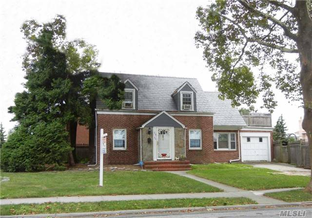 Listing in Little Neck, NY