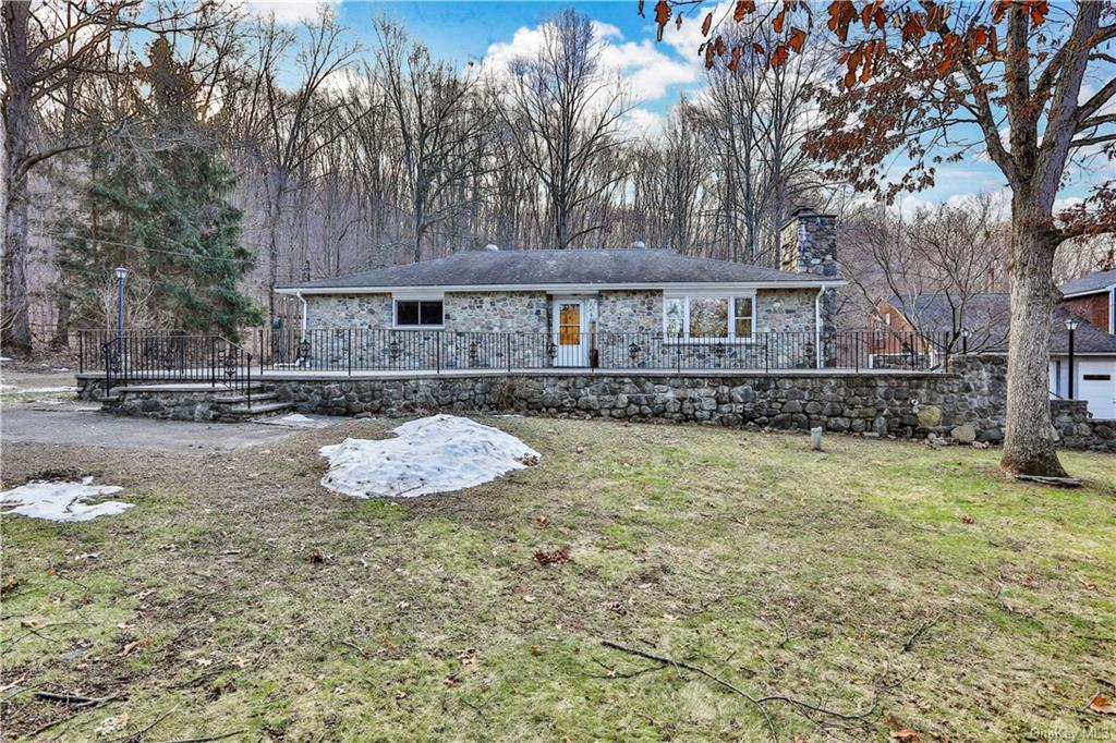 Bring all investors.. This a unique property sits on 3.5 acres of parklike land and has 2 separate b