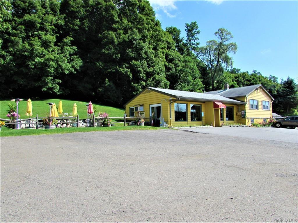 Karen's Diner, a Pawling landmark and destination!