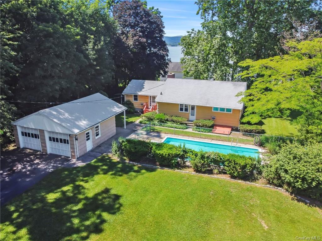 Charming extended ranch with gorgeous Hudson River views appreciated by the same family for generati