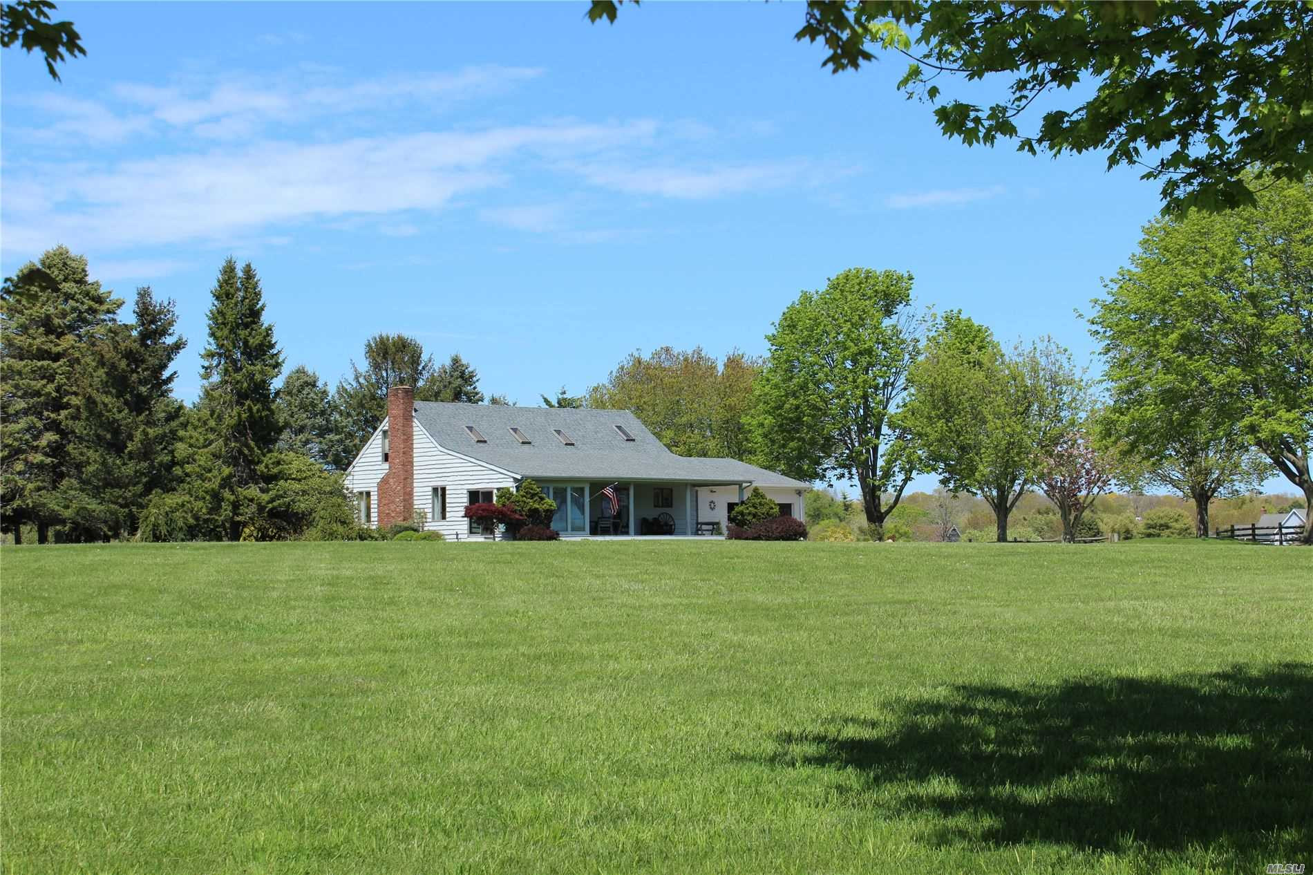 Listing in Water Mill, NY
