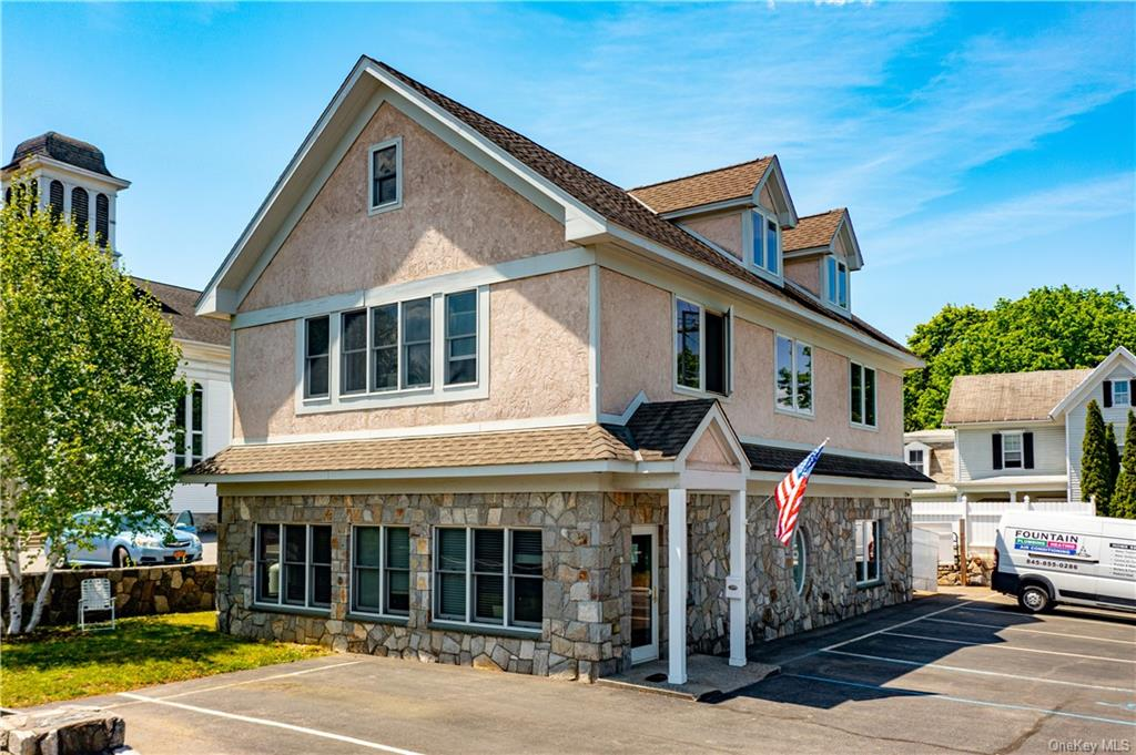 Make your business or investment dreams come true in the heart of Pawling.