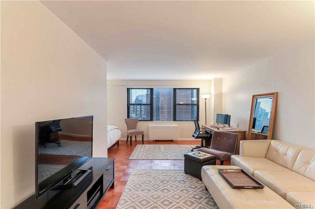 Listing in Manhattan, NY
