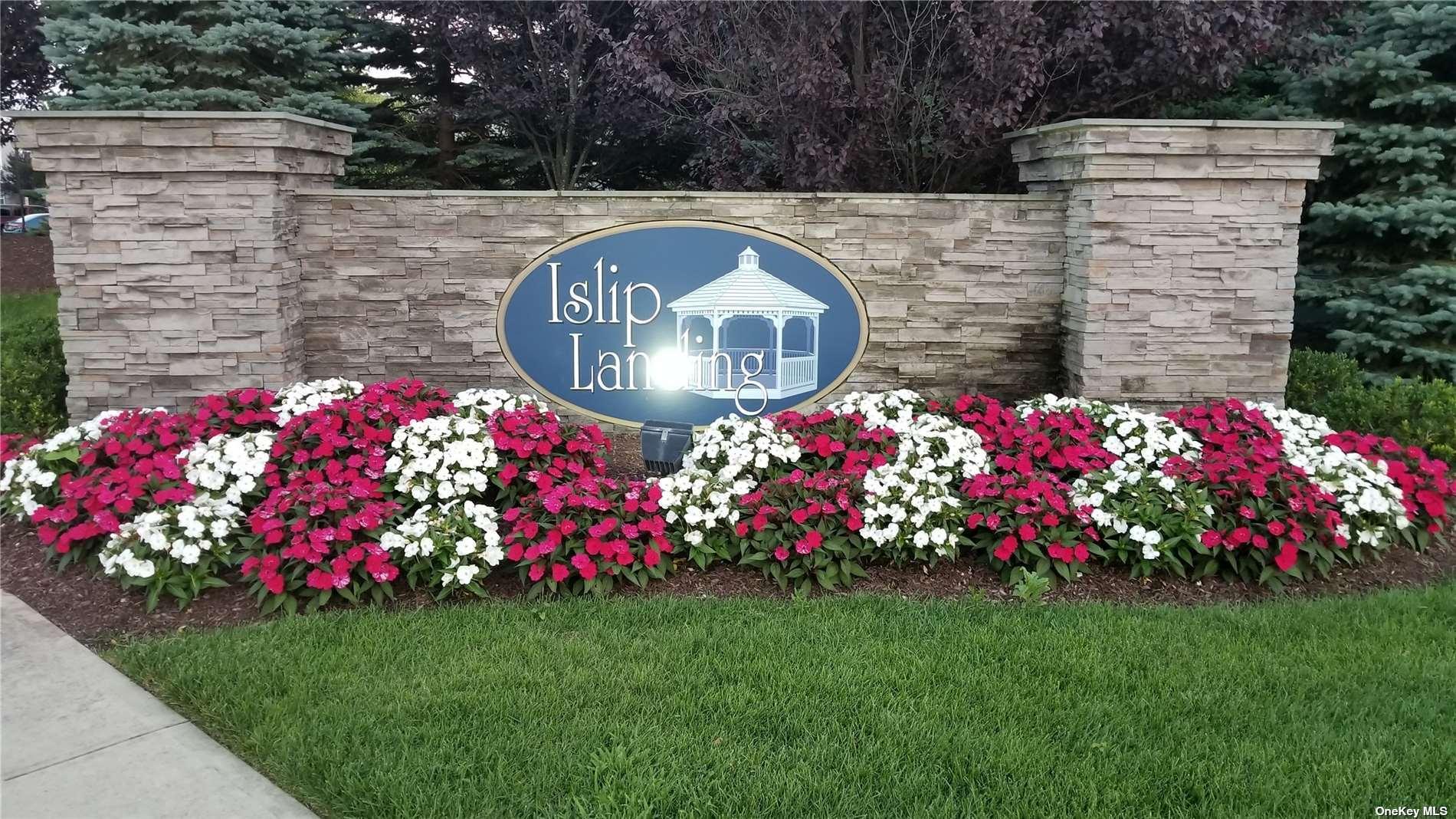 Listing in Central Islip, NY