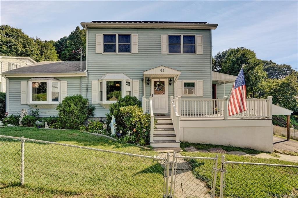 A welcoming  Verplank home with separate entrances and established potential to be the perfect mothe