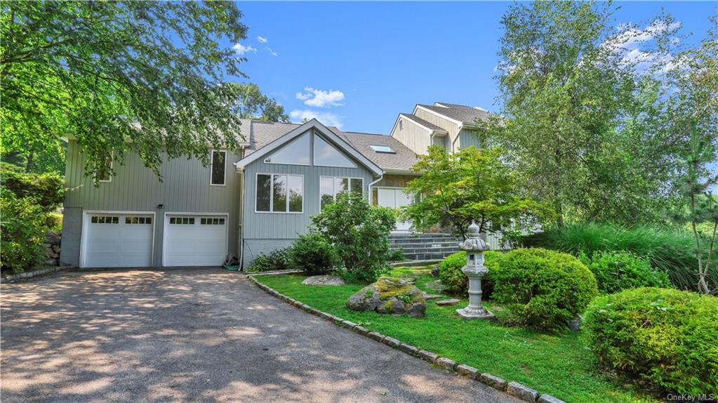 Spacious contemporary home, with colonial floor plan, high ceilings, and hardwood floors throughout.