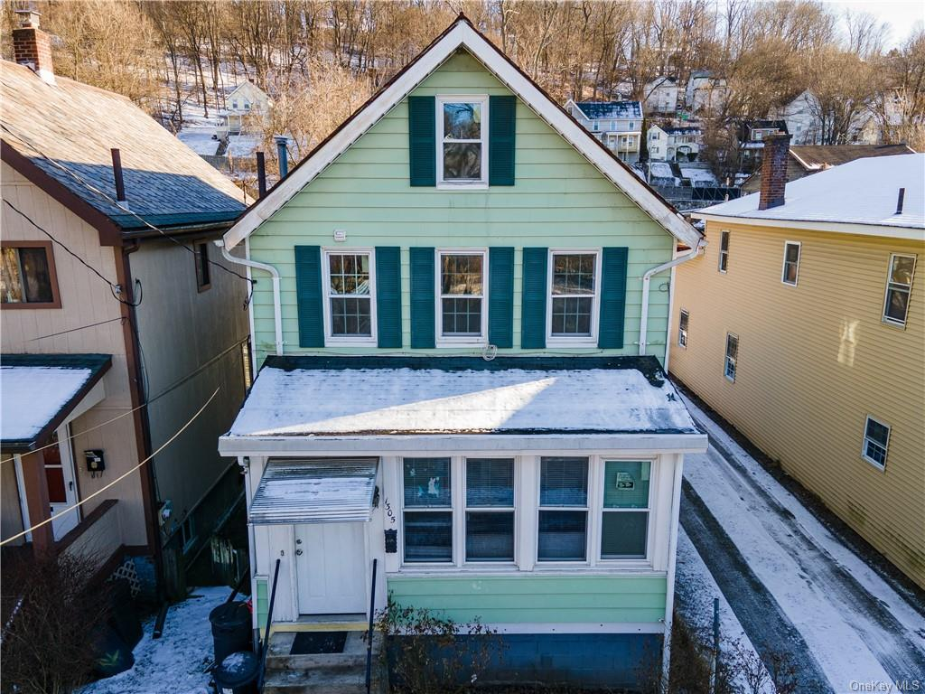 Lovely colonial in Peekskill! This 2 bedroom home lives like a 3 bedroom with the attic being finish