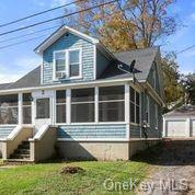 Fantastic investment opportunity or the perfect mother-daughter set up! Live in one and let the othe