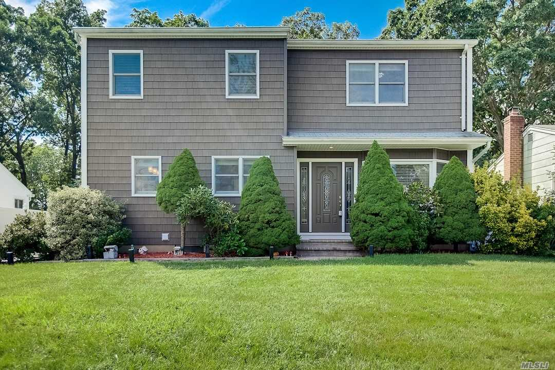 Listing in Melville, NY