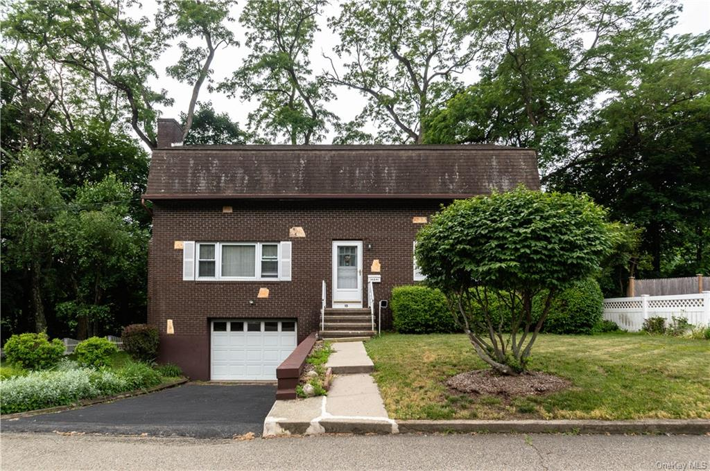 Great Opportunity to buy in Cold Spring. This 2 bedroom, 1 bath home has a living room with fireplac