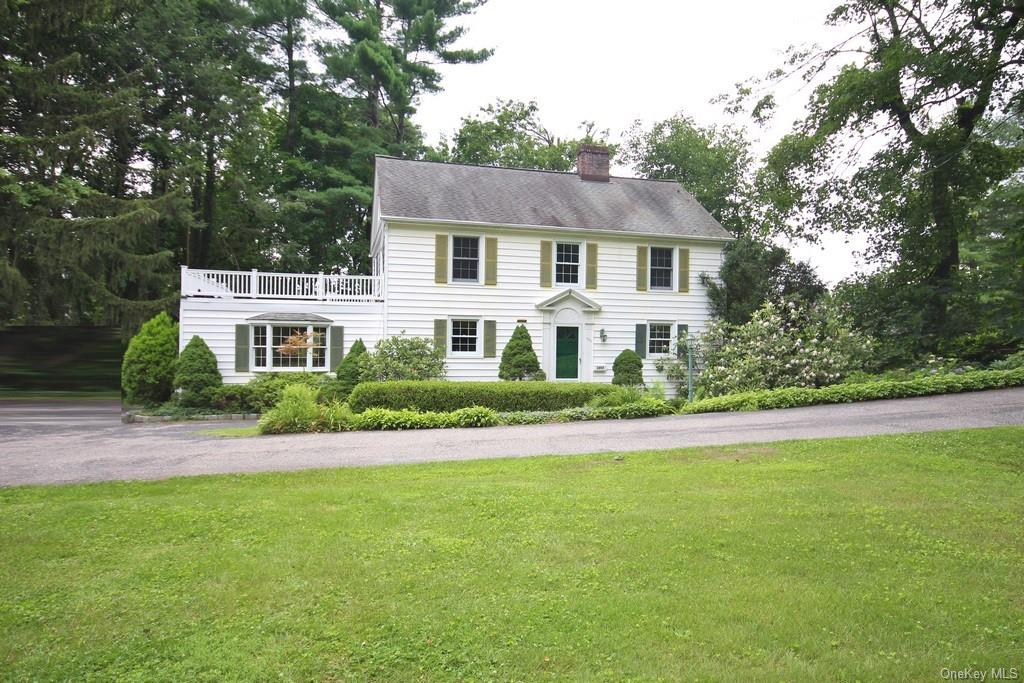 If you are looking for a classic colonial with great bones, and are looking for a fabulous project,