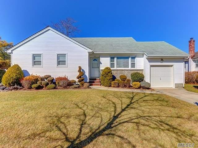 Listing in East Meadow, NY