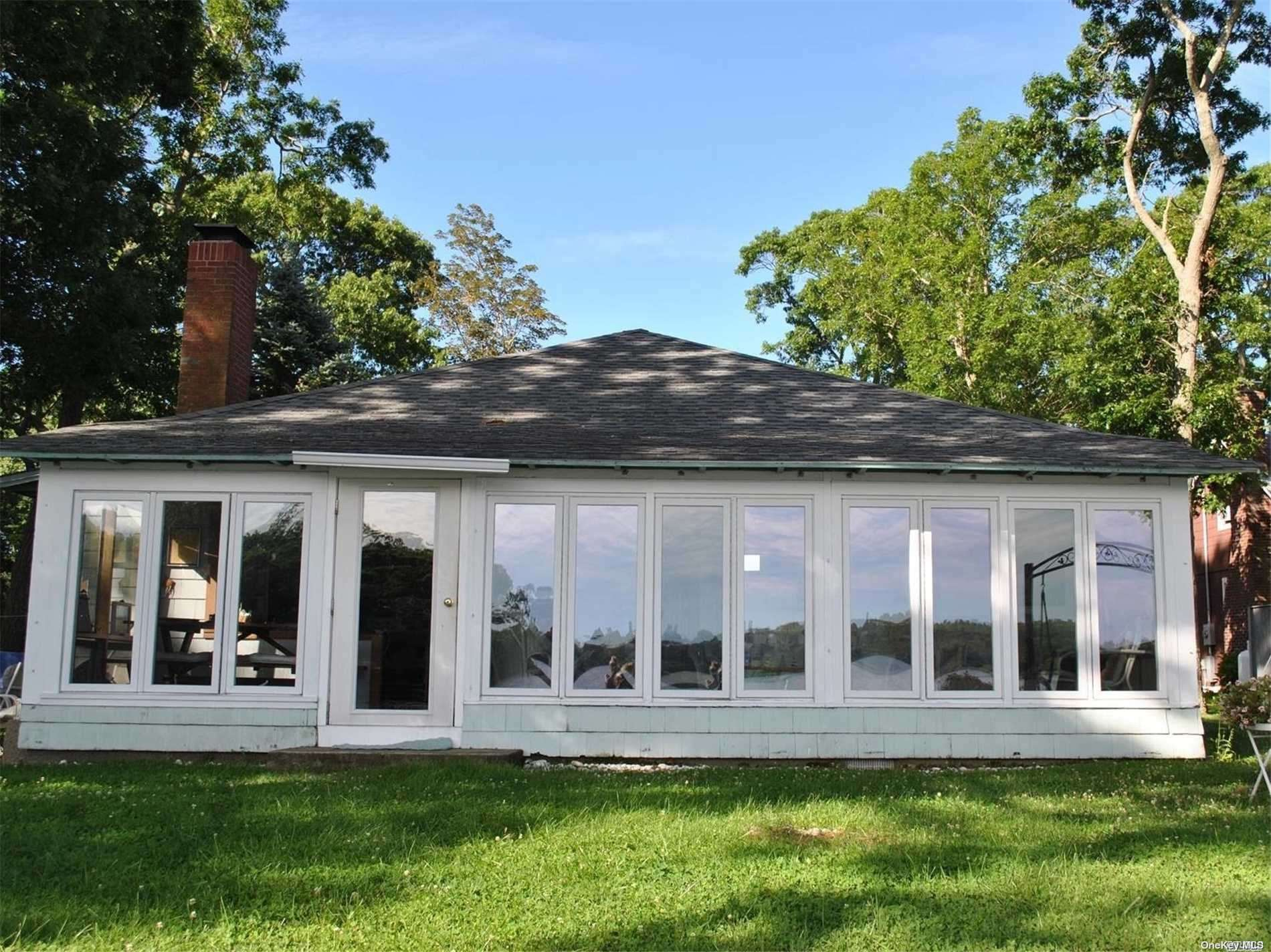 Listing in Southold, NY