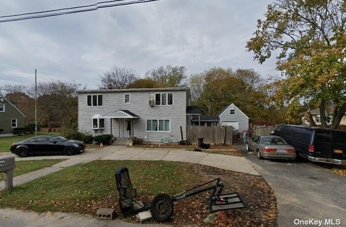 Listing in Bellport, NY