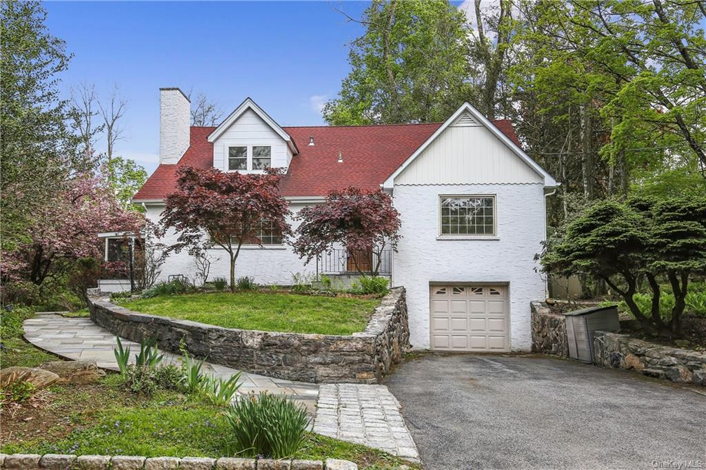 Old world craftsmanship throughout this exquisite stucco home nestled on 1.58 park-like acres. Ideal