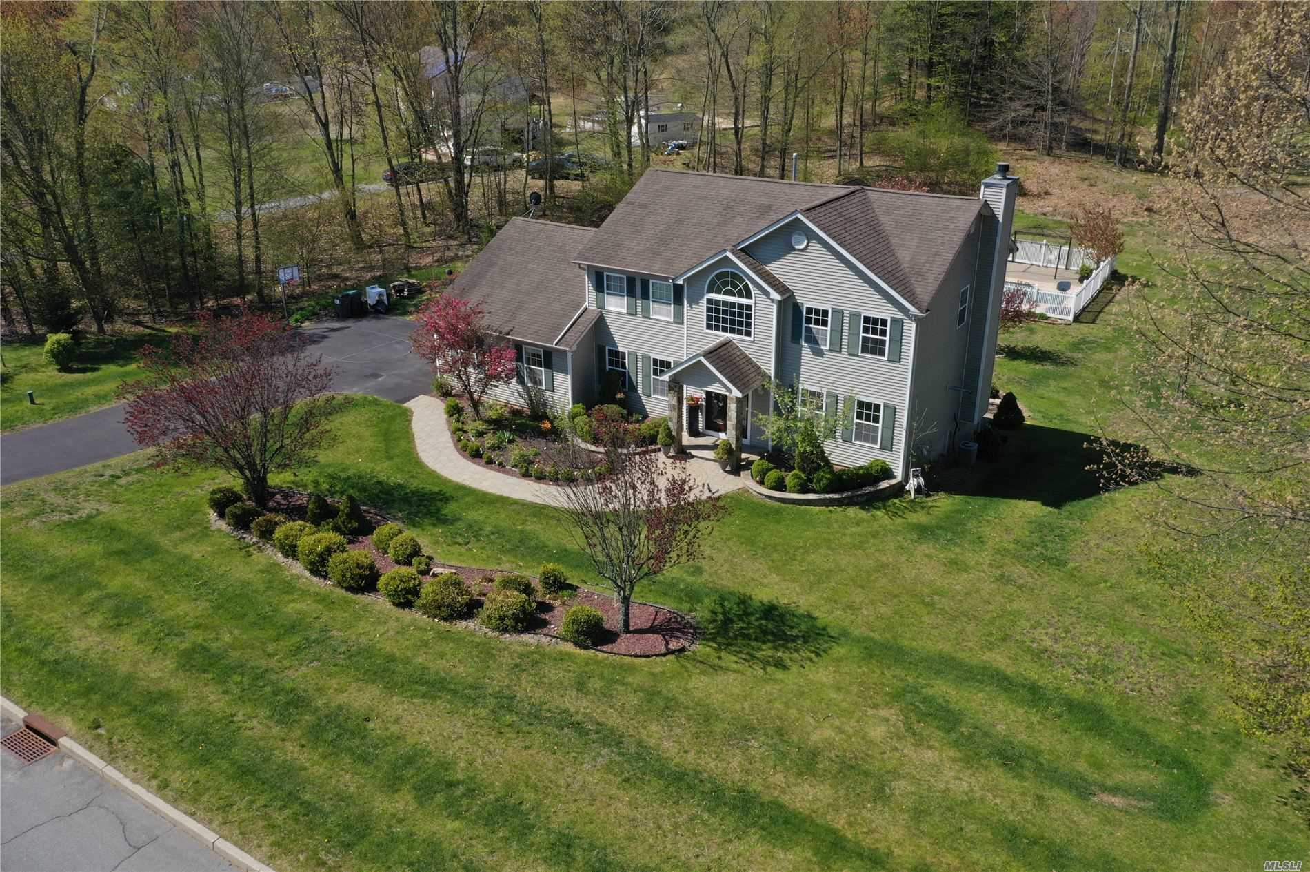 Listing in Middletown, NY
