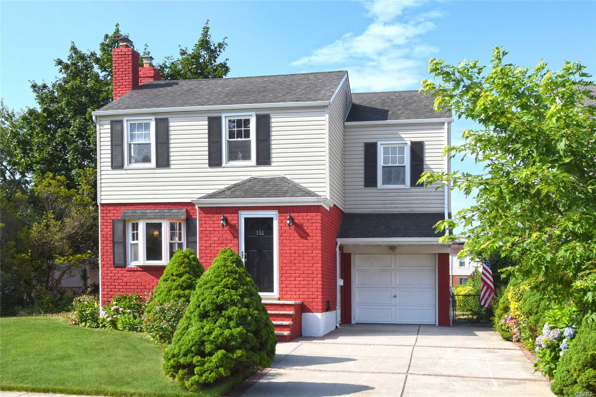 Listing in Elmont, NY
