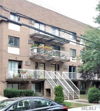 Listing in Jamaica Estates, NY
